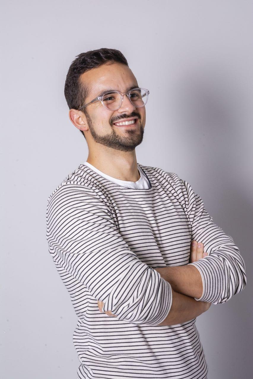 HelloGuru founder